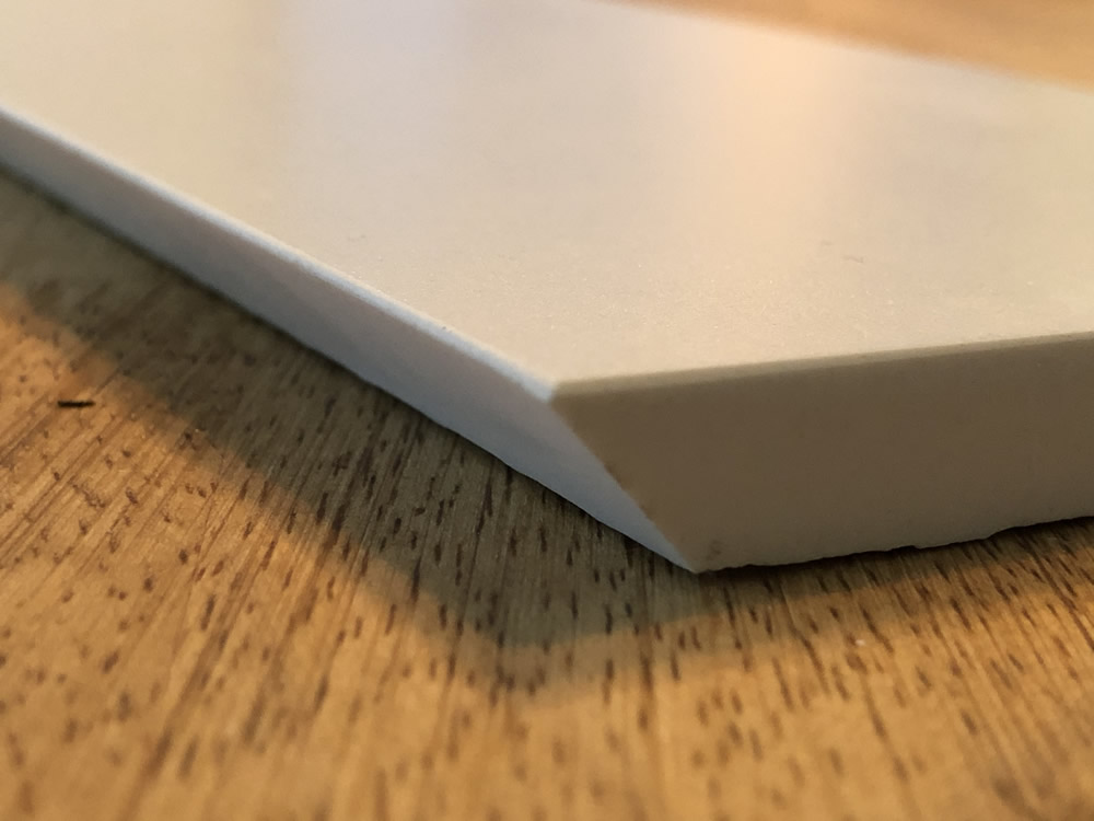 Mitred edge (cut only)